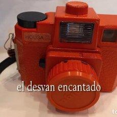Cámara de fotos: ESTUPENDA CÁMARA HOLGA 120 CFN VINTAGE DE COLOR ROJO. BUEN ESTADO DE FUNCIONAMIENTO. Lote 290426308