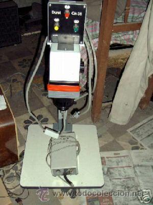 Cámara de fotos: ampliadora fotografica DURST modelo NEVONEG, es para negativos de 24 X 36 MM. color y B/N - Foto 2 - 26912648