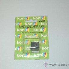 Cámara de fotos: KONIX ADAPTADOR ZAPATA FLASH 3027!!.. Lote 13455135