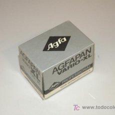 Cámara de fotos: AGFAPAN VARIO-XL PROFESSIONAL B/N 135/125-1600 36 EXP. (FUERA DE FECHA 07/83). Lote 13128365
