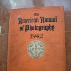 Cámara de fotos: ANUARIO FOTOGRÁFICO AMERICANO AMERICAN ANNUAL OF PHOTOGRAPHY 1942 VOL 56 . Lote 24223332