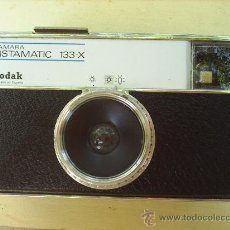 Cámara de fotos: CAMARA DE FOTOS KODAK INSTAMATIC 133 X - . Lote 26392811