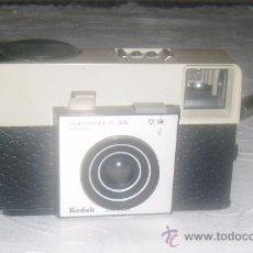 Cámara de fotos: CAMARA FOTOGRAFICA KODAK INSTAMATIC 25. Lote 28451548