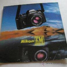 Cámara de fotos - CATALOGO DESPLEGABLE DE LA NIKON EM EN ALEMAN - 29497928