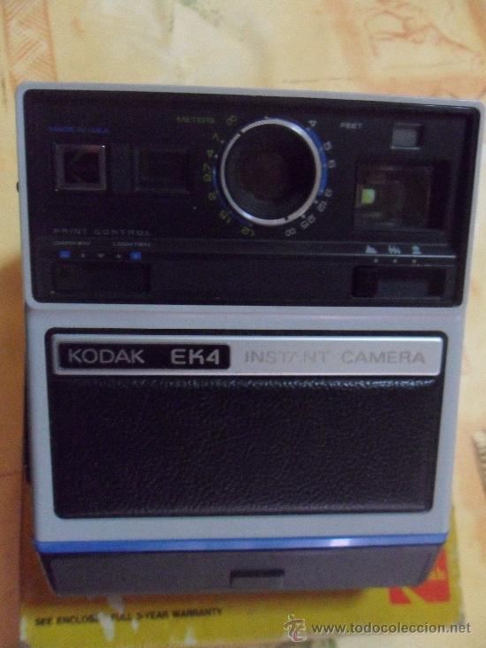 Cámara de fotos: Camara Kodak Instant EK4 En su caja original MADE IN USA 1976 como se ve fotos - Foto 2 - 31000802