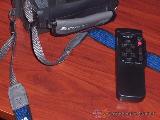 Cámara de fotos: VIDEOCAMARA SONY MO:CCD-TRV78E , VIDEO HI8mm , GRABACION NOCTURNA 0 LUX . POCO USO - Foto 2 - 32917691