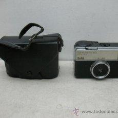 Cámara de fotos: KODAK INSTAMATIC 133 - ANTIGUA CÁMARA FOTOGRÁFICA CON FUNDA ORIGINAL. Lote 38682197