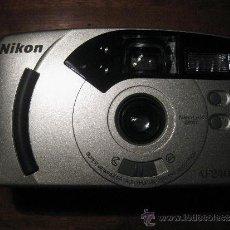 Cámara de fotos: CAMARA NIKON AF240SV - NIKON LENS 28 MM. Lote 39153515