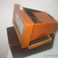 Cámara de fotos: ANTIGUO Y RARO VISOR DE ESTEREOSCOPICAS PLEGABLE EN MADERA CON 12 VISTAS. Lote 41233215