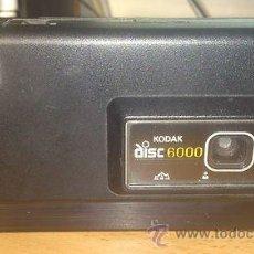 Cámara de fotos: CAMARA DE FOTOS KODAK EXCLUSIVA VINTAGE DISC 6000 PRIMERA QUE FABRICARON EN U.S.A. Lote 41350909