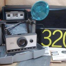 Cámara de fotos: POLAROID 320 AUTOMATIC + FLASHGUN BULBO 268 + FUNDA ORIGINAL + MANUAL - LAND CAMERA 1978. Lote 42995030