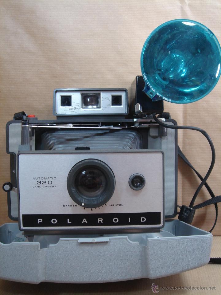 Cámara de fotos: POLAROID 320 AUTOMATIC + FLASHGUN BULBO 268 + FUNDA ORIGINAL + MANUAL - LAND CAMERA 1978 - Foto 2 - 42995030