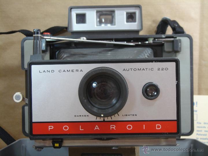 Cámara de fotos: CAMARA INSTANTANEA - POLAROID 220 AUTOMATIC + MANUAL - LAND CAMERA 1968 - Foto 3 - 43112286