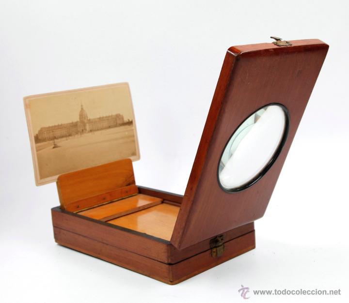 VISOR ÓPTICO PARA FOTOGRAFÍAS, 1900'S. TAMAÑO PLEGADO: 22CM. X 13,5 ANCHO X 6CM ALTO VER FOTOS. (Cámaras Fotográficas - Visores Estereoscópicos)