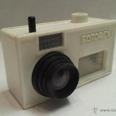 Cámara de fotos: ANTIGUA TOMAVISTAS SOUVENIR DE LOURDES CON 15 FOTOS - FOTOREX- KODAK. Lote 50796883
