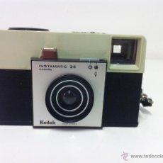 Cámara de fotos: CAMARA FOTOS KODAK INSTAMATIC 25. Lote 51525786