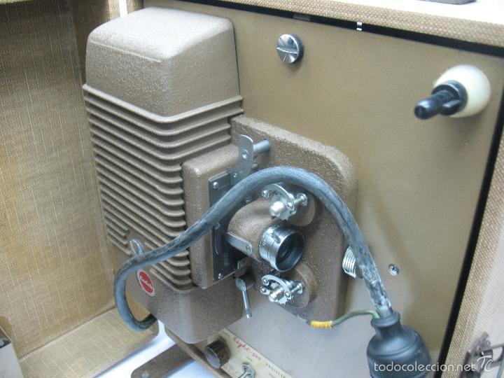 Cámara de fotos: KODAK - Antiguo proyector de cine en maletín - Foto 5 - 56116703