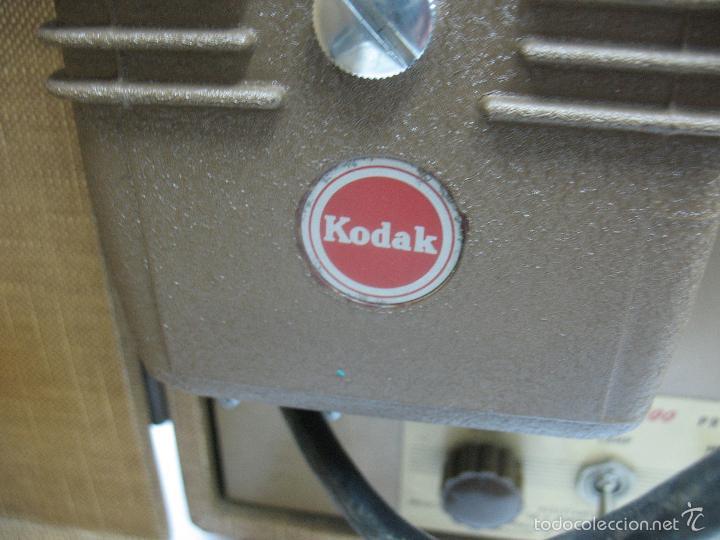 Cámara de fotos: KODAK - Antiguo proyector de cine en maletín - Foto 7 - 56116703