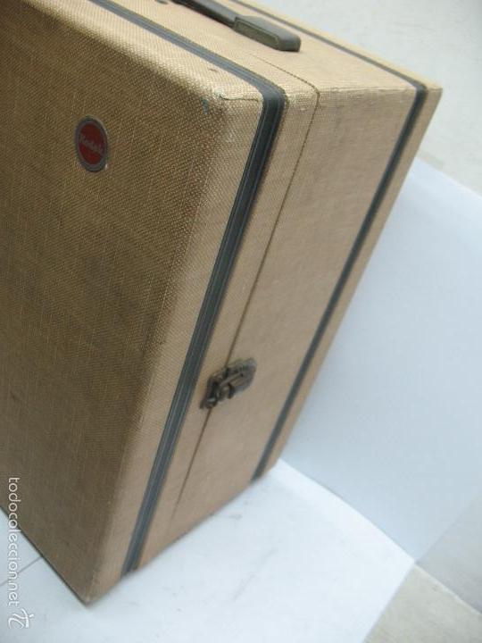 Cámara de fotos: KODAK - Antiguo proyector de cine en maletín - Foto 9 - 56116703
