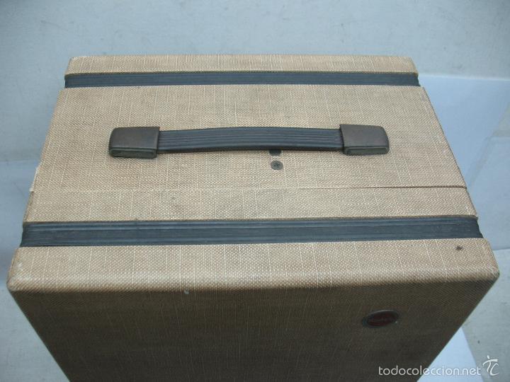 Cámara de fotos: KODAK - Antiguo proyector de cine en maletín - Foto 11 - 56116703