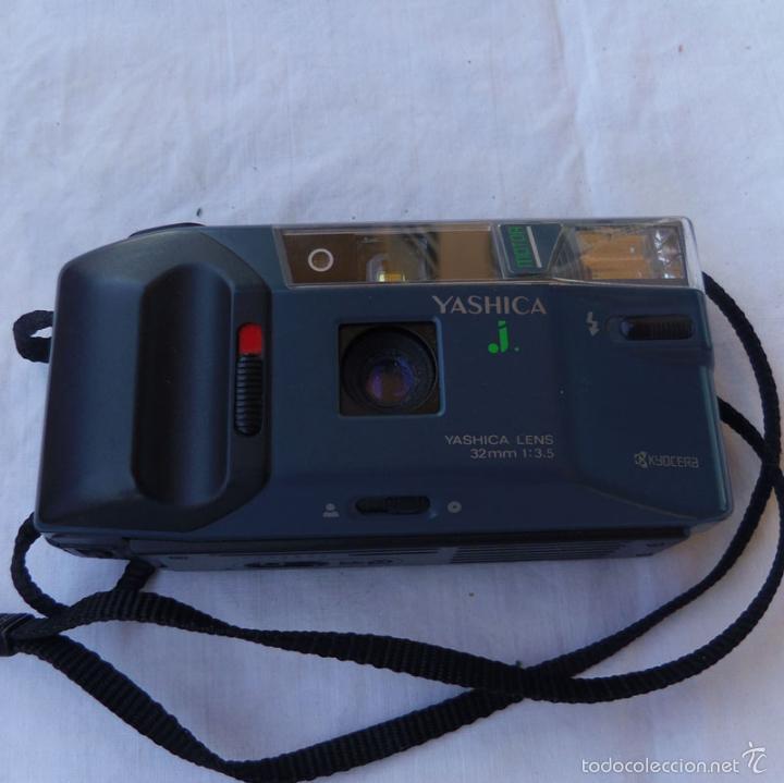CAMARA FOTOGRAFICA MARCA YASHICA J 32MM (Cámaras Fotográficas - Otras)