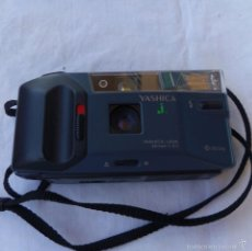 Cámara de fotos: CAMARA FOTOGRAFICA MARCA YASHICA J 32MM . Lote 58108705