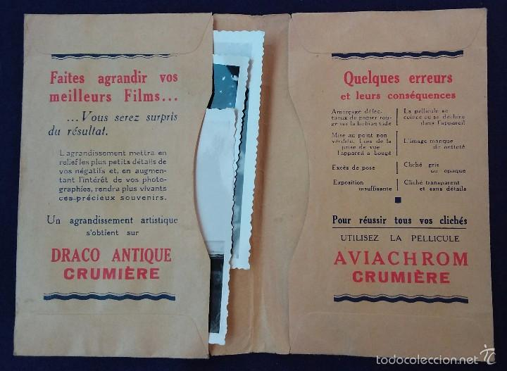 Cámara de fotos: Antiguo porta negativos Crumiere con fotos. Años 50. 13x9cm. Fotografia- Camara fotografica. - Foto 2 - 60180315
