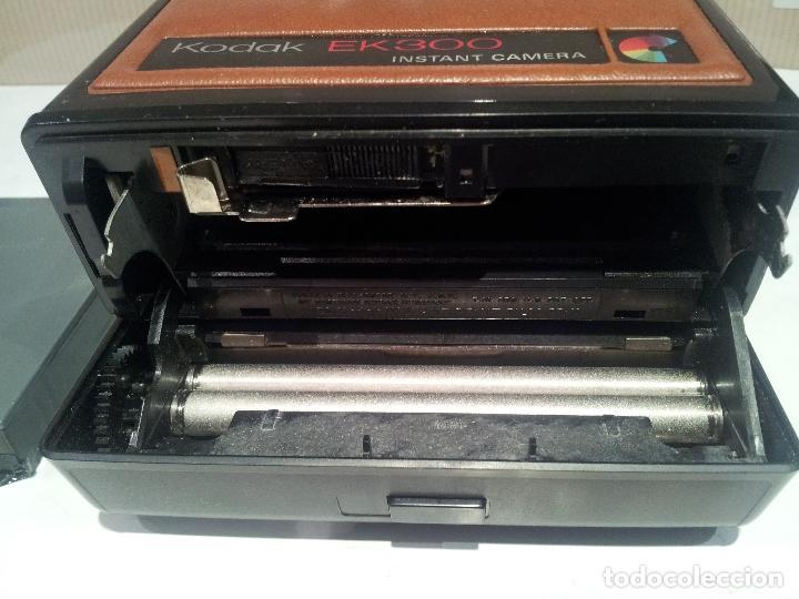 Cámara de fotos: camara de fotos kodak EK300 instant años 70 con su caja ver fotos - Foto 24 - 61429667
