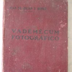 Cámara de fotos: VADEMÉCUM FOTOCRAFICO - JUAN DE JULIAN Y GOMEZ. Lote 66294854
