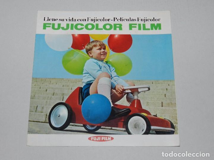 (M) CATALOGO CAMARA DE FOTOGRAFIAS FUJICOLOR FILM , ILUSTRADO (Cámaras Fotográficas - Catálogos, Manuales y Publicidad)