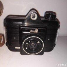 Cámara de fotos: CÁMARA WINAR AÑO 1954 CON ESTUCHE ORIGINAL. REF-1053. Lote 72067759