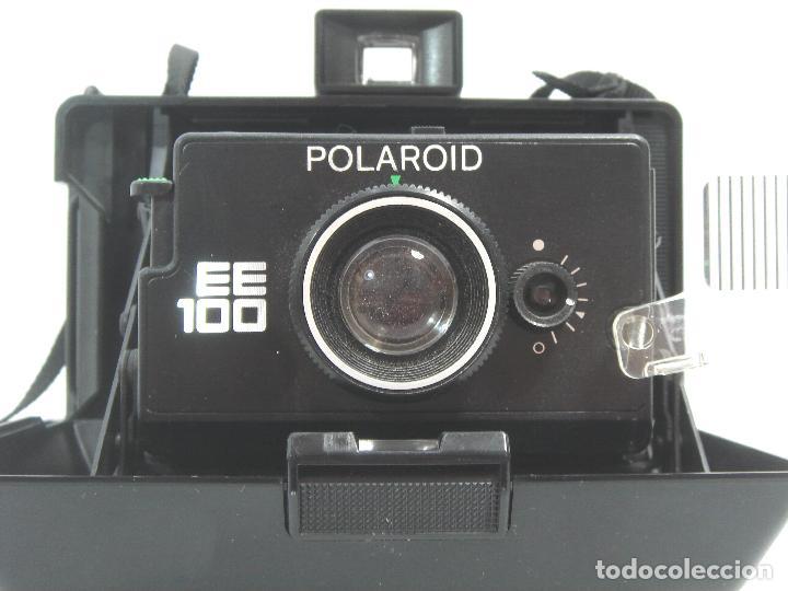 Cámara de fotos: ANTIGUA CAMARA DE FOTOS INSTANTANEA - POLAROID LAND CAMERA EE100 - U.K. 1980S - EE 100 - Foto 2 - 72411075