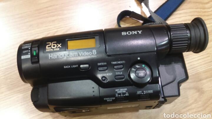 Cámara de vídeo sony handycam video 8 - Sold at Auction