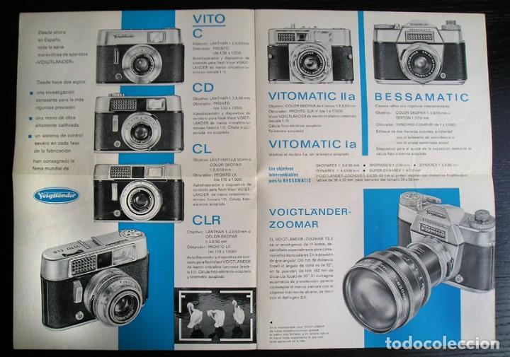 Cámara de fotos: Voigtländer - Díptico cámaras y proyectores en español – años 1960 - Foto 2 - 80411385