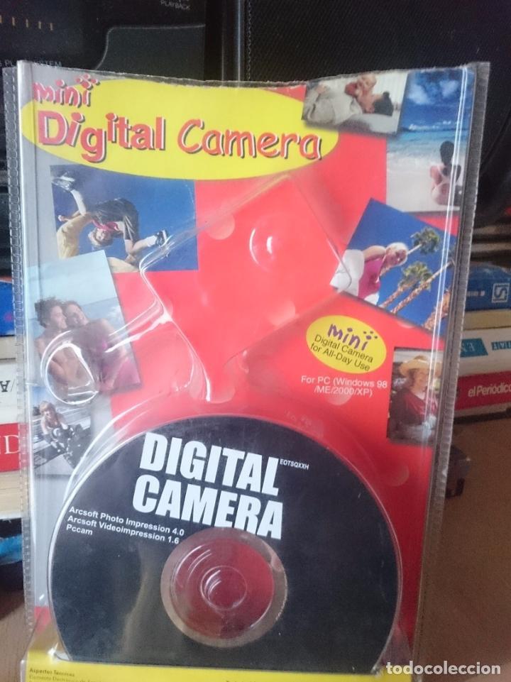 Cámara de fotos: ANTIGUA CAMARA DE FOTOS DIGITAL CON SU FUNDA CON SU BLISTER Y CDROM -RefM4E6 -RefM2Arr - Foto 5 - 44231278