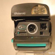 Cámara de fotos: POLAROID MODELO 600 LLEVA CORREA. Lote 89559516