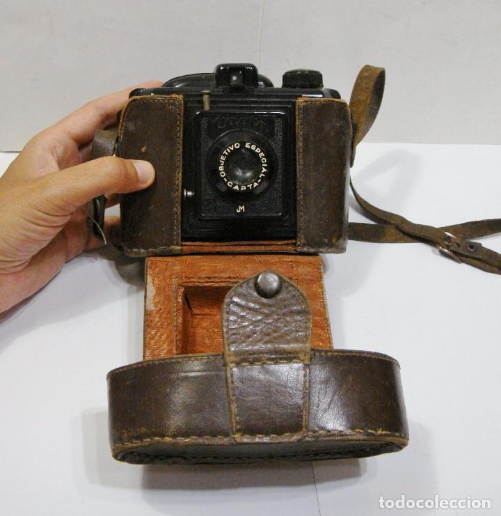ANTIGUA CÁMARA DE FOTOS. CAPTA. OBJETIVO ESPECIAL. CON FUNDA DE CUERO. (Cámaras Fotográficas - Otras)