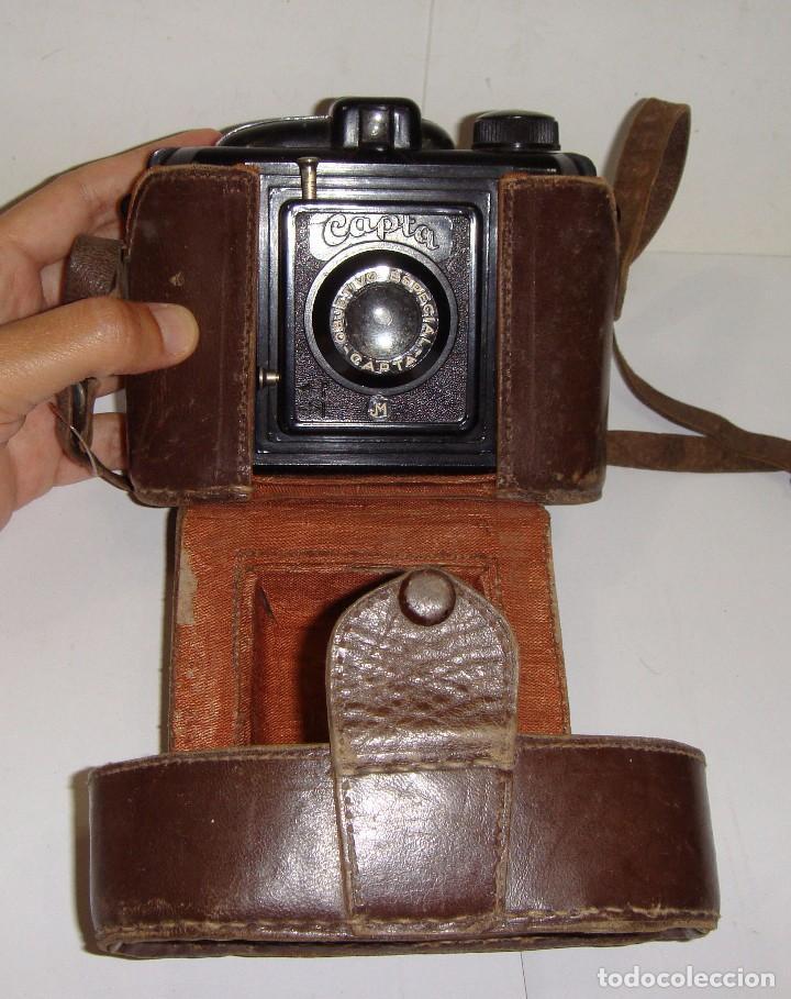Cámara de fotos: Antigua Cámara de Fotos. CAPTA. Objetivo especial. Con funda de cuero. - Foto 3 - 89682984