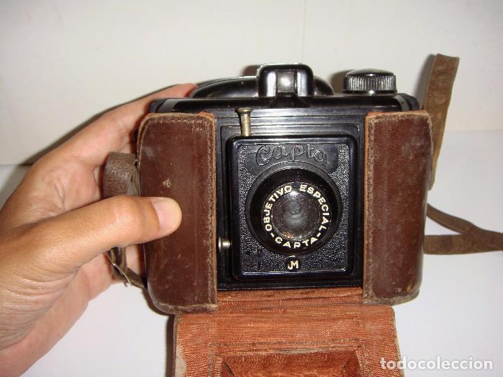 Cámara de fotos: Antigua Cámara de Fotos. CAPTA. Objetivo especial. Con funda de cuero. - Foto 4 - 89682984