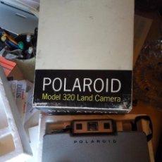 Cámara de fotos: POLAROID 320. Lote 89728484
