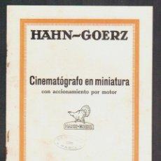 Cámara de fotos: CINEMATÓGRAFO EN MINIATURA CON ACCIONAMIENTO POR MOTOR.HAHN-GOERZ + 2 HOJILLAS.AÑOS 20S.. Lote 90561900