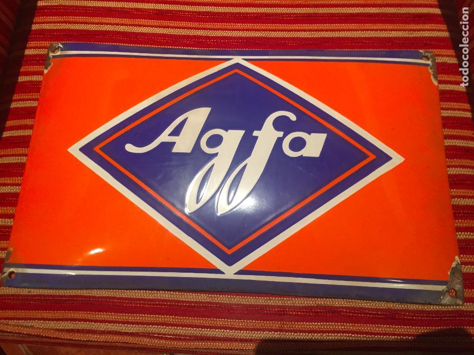 CARTEL DE CHAPA AGFA, ANTIGUO (Cámaras Fotográficas - Catálogos, Manuales y Publicidad)