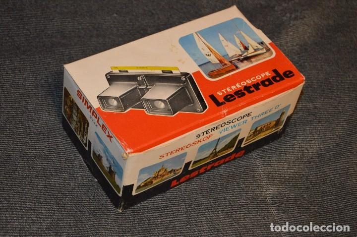 Cámara de fotos: VISOR ESTEREOSCÓPICO - STÉRÉOSCOPE LESTRADE SIMPLEX ROUGE - FRANCE - CON DISCO JUAN PABLO II - 70S - Foto 18 - 107922515