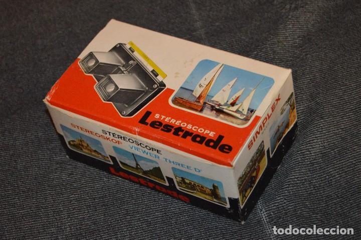 Cámara de fotos: VISOR ESTEREOSCÓPICO - STÉRÉOSCOPE LESTRADE SIMPLEX ROUGE - FRANCE - CON DISCO JUAN PABLO II - 70S - Foto 19 - 107922515