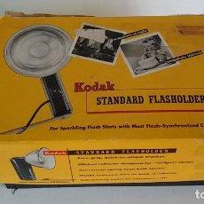 Cámara de fotos: FLASH KODAK CON SU CAJA. Lote 113315767