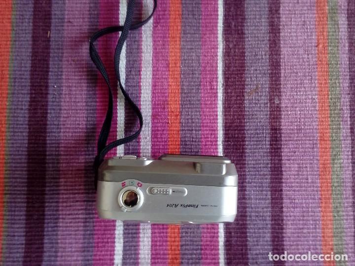 Cámara de fotos: FUJIFILM FINEPIX A204 3x OPTICAL ZOOM - Foto 2 - 113773043