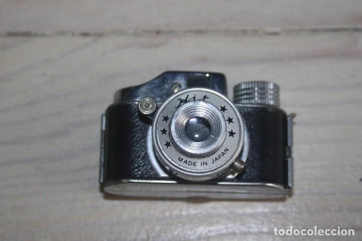 Cámara de fotos: Cámara de fotos mini - Cámara espía - Marca Hits - Con funda y caja con seis minicarretes - Foto 3 - 116248443