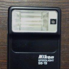 Cámara de fotos - FLASH NIKON - SPEEDLIGHT SB-19. - 117946031