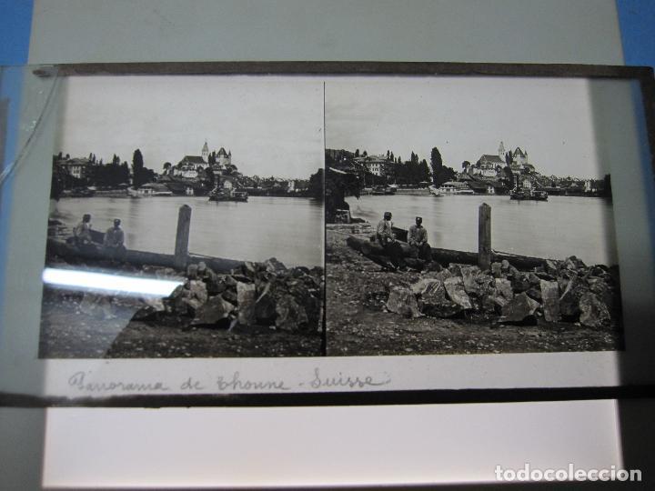 Cámara de fotos: ANTIGUA CRISTAL ESTEREOSCOPICA ESTEREOSCOPIA PANORAMA DE THOUNE SUISSE SUIZA - Foto 2 - 118179511
