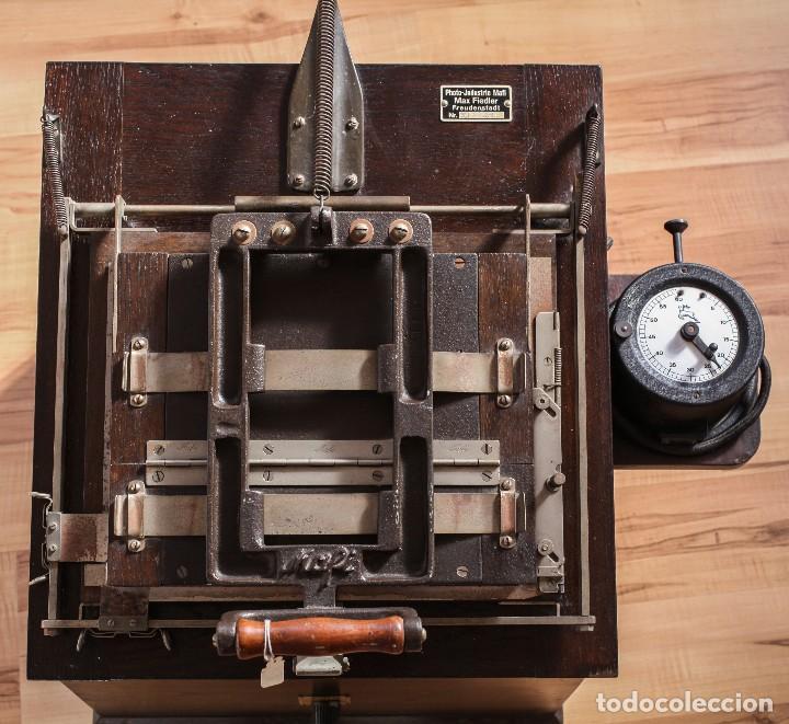 Cámara de fotos: Copiadora para documentos y fotos, fabricada por Photo Jndustrie Mafi - Max Fiedler, el año 1936 - Foto 2 - 118361931